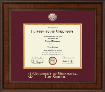 University of Minnesota Twin Cities Diploma Frame - Presidential Masterpiece Diploma Frame in Madison