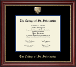 The College of St. Scholastica Diploma Frame - Masterpiece Medallion Diploma Frame in Kensington Gold