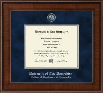 University of New Hampshire Diploma Frame - Presidential Masterpiece Diploma Frame in Madison